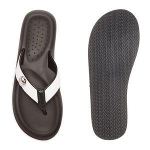 NWOT Michael Kors Gage Flip-Flops